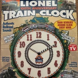 Lionel working train clock with real sounds